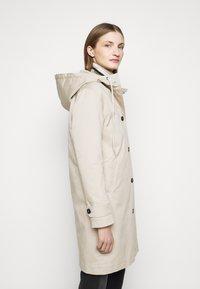 CLOSED - LALO - Klasický kabát - resin - 4
