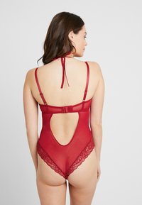 Pour Moi - SUSPENSE UNDERWIRED - Body - red