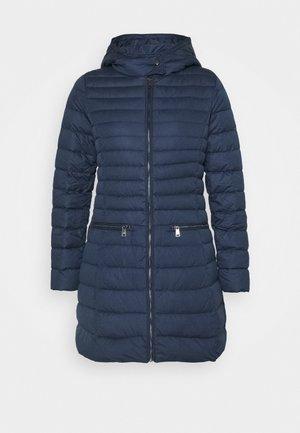 MATTE FINISH COAT - Kabát zprachového peří - navy