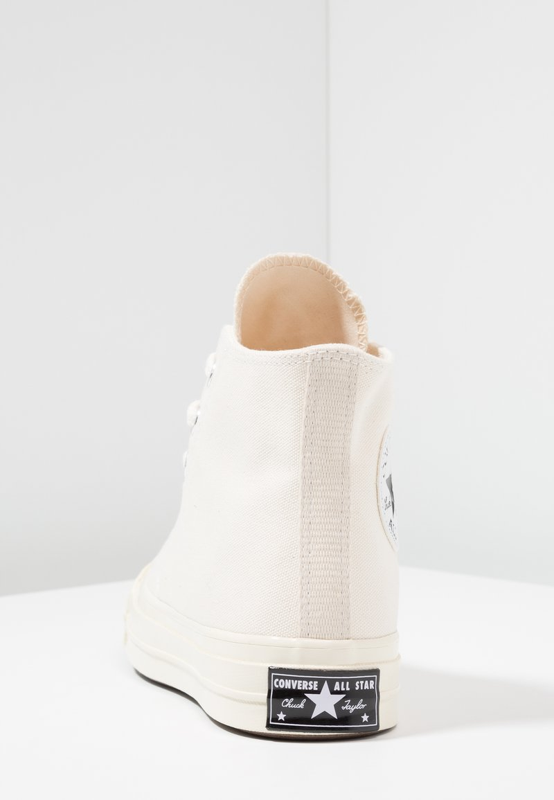 Religioso caballo de fuerza frijoles  Converse CHUCK TAYLOR ALL STAR 70 HI - High-top trainers - mono  natural/off-white - Zalando.ie