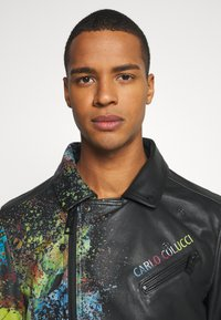 Carlo Colucci - JACKET WITH PRINT PERFECTO - Leather jacket - black - 5