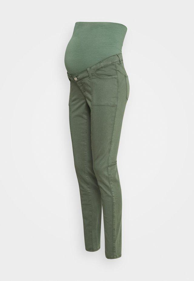 PANTS - Spodnie materiałowe - vinyard green