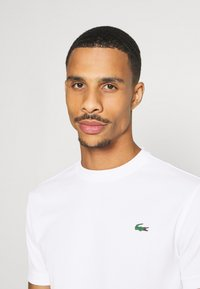 Lacoste Sport - TENNIS - T-shirt basic - white - 3