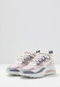 Nike Sportswear - AIR MAX 270 REACT - Trainers - plum chalk/summit white/stone mauve/smoke grey - 4