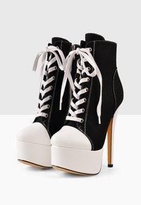 Only Maker - Lace-up ankle boots - black denim - 3