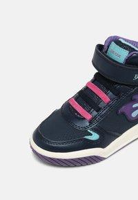 Geox - INEK GIRL - Baskets montantes - navy - 6
