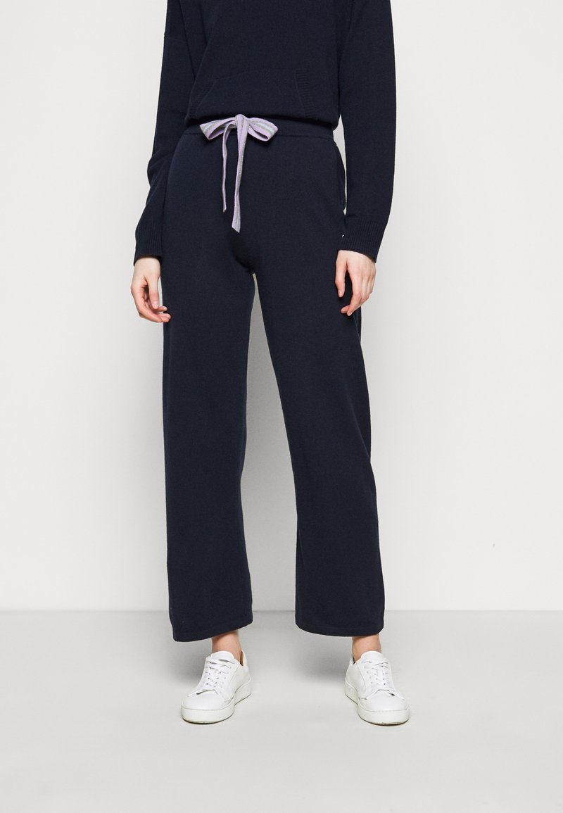CHINTI & PARKER - RING MASTER TRACK PANTS - Trainingsbroek - navy/lilac/ blue