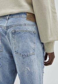 PULL&BEAR - Straight leg jeans - mottled dark blue - 3