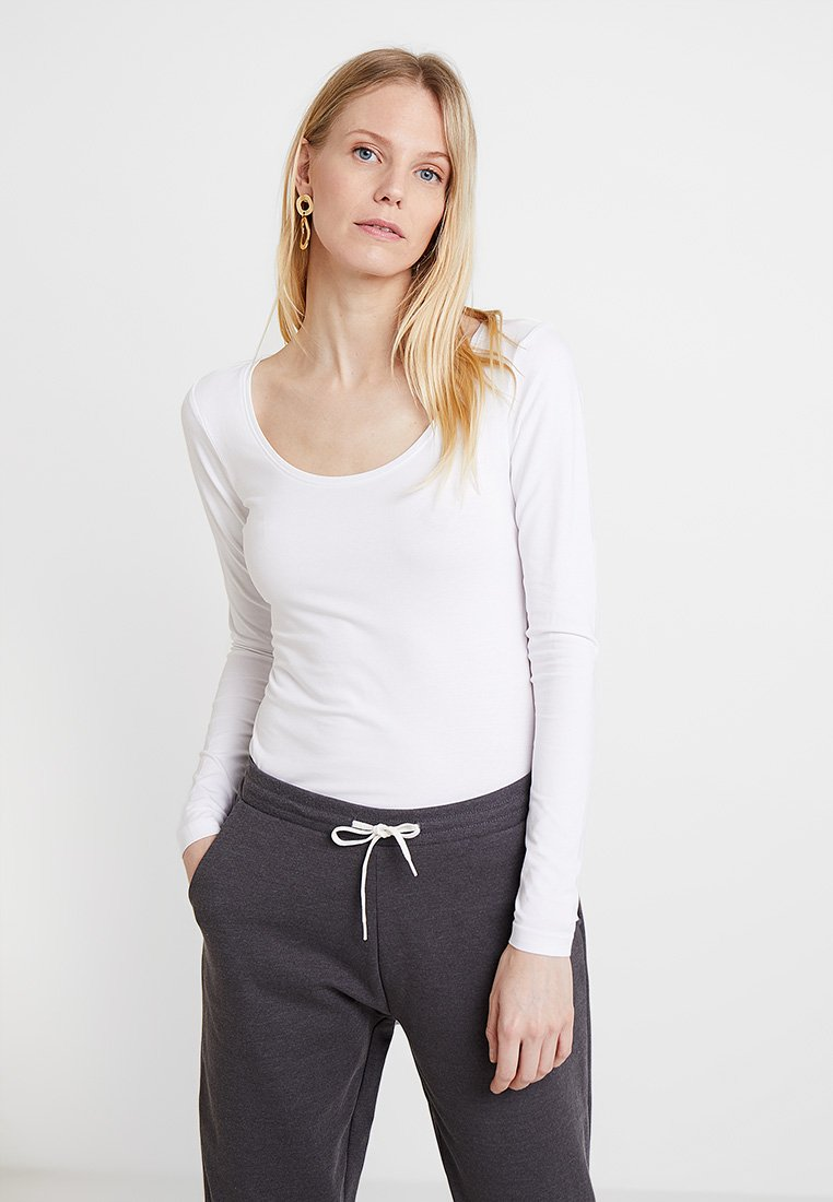 Zalando Essentials - Langærmede T-shirts - white