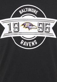 New Era - BALTIMOR RAVENS NFL TEAM ESTABLISHED TEE - Club wear - black - 5
