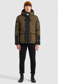 khujo - NANDU - Winter jacket - oliv-schwarz kombo - 1