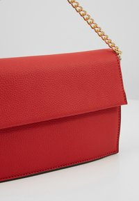 Dorothy Perkins - HANGING CHAIN - Clutches - red - 6