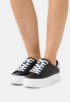 FLATFORM LACE UP  - Joggesko - black