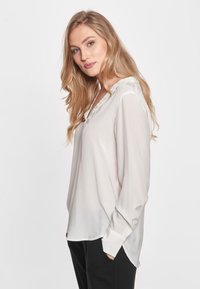 CADDIS FLY - ADMIRABLE - Blouse - off white - 2