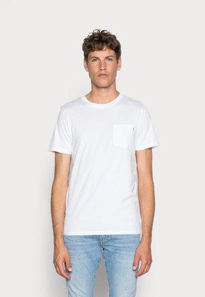 JJEPOCKET  - Basic T-shirt - white