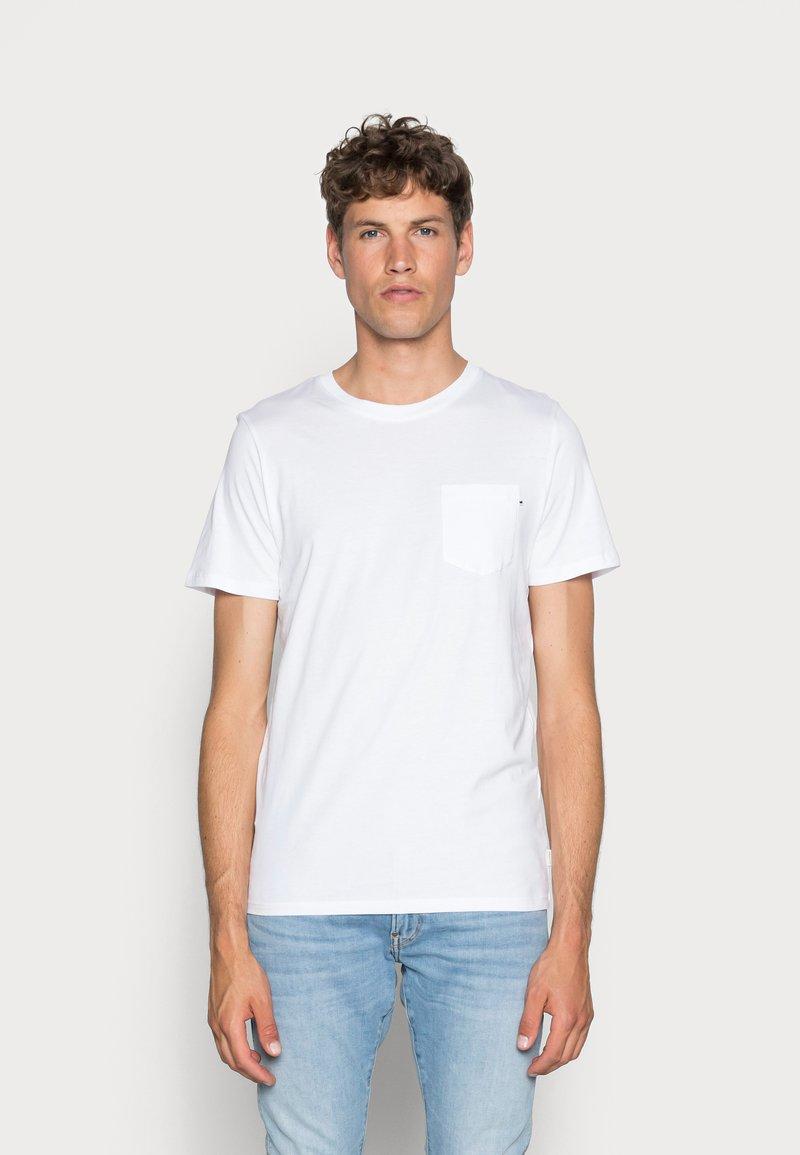 Jack & Jones - JJEPOCKET  - T-shirt - bas - white