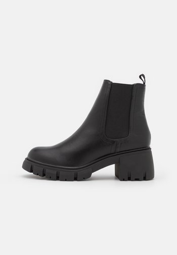 VEGAN KAIA COMBAT GUSSET BOOT - Platform ankle boots - black smooth