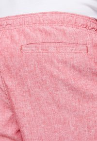 GAP - Shorts - weathered red - 5