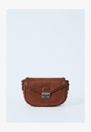 TINA - Across body bag - marrón tan