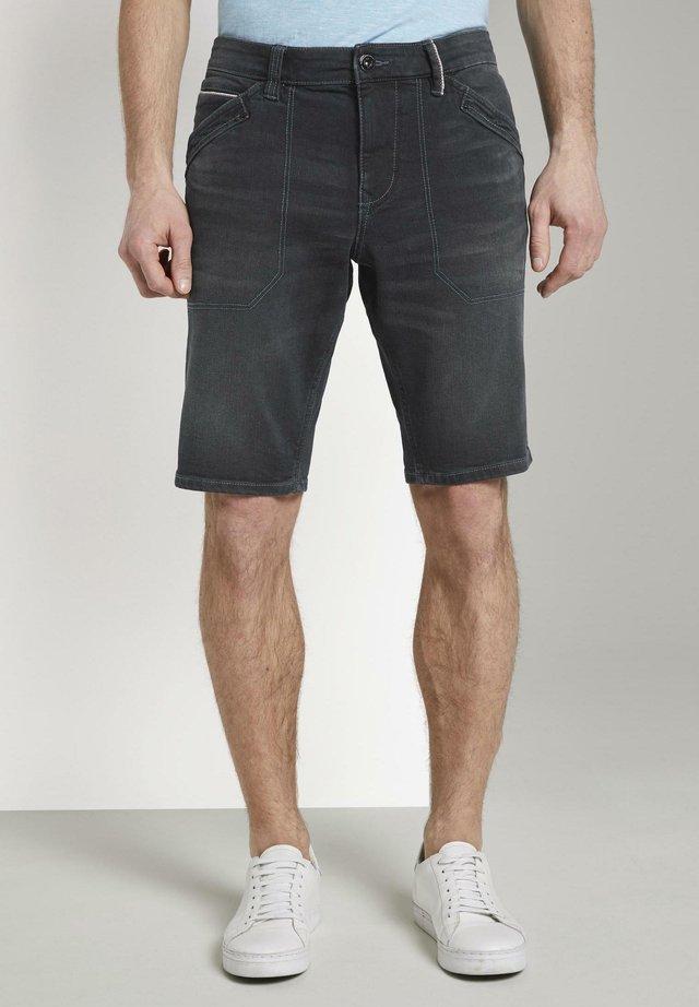 JOSH - Shorts di jeans - clean dark stone black denim