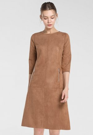 Robe d'été - karamell