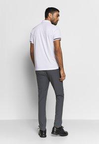 Cross Sportswear - BRASSIE - Polotričko - white - 2