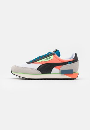 FUTURE RIDER NEON PLAY UNISEX - Zapatillas - white/fusion coral