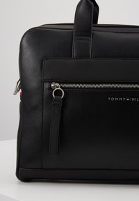 Tommy Hilfiger - COMPUTER BAG - Laptoptas - black - 7