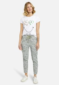 Heartkiss - Trousers - mehrfarbig - 0