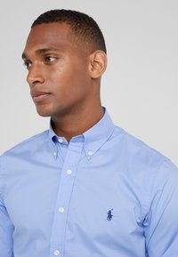 Polo Ralph Lauren - NATURAL SLIM FIT - Shirt - periwinkle blue - 4