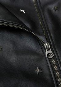 Mango - STAR - Faux leather jacket - schwarz - 2
