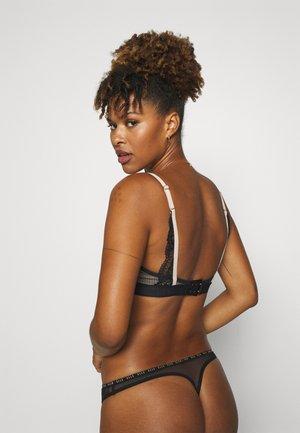 TRIANGLE - Triangle bra - black