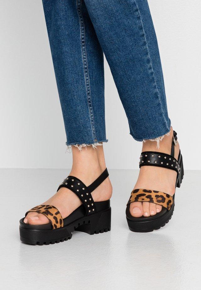 ARIEL - Sandales à plateforme - black/leopard