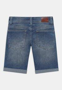 Pepe Jeans - TRACKER - Short en jean - blue denim - 1