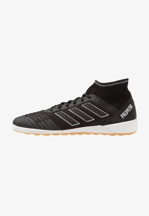 PREDATOR TANGO 18.3 IN - Indoor football boots - coreblack/footwear white