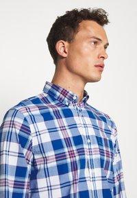 GAP - POPLIN SHIRTS - Shirt - plaid baltic blue - 3
