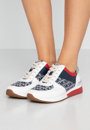 Trainers - ivory/denim
