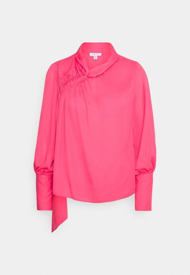 SHOULDER RUCH - Blouse - pink