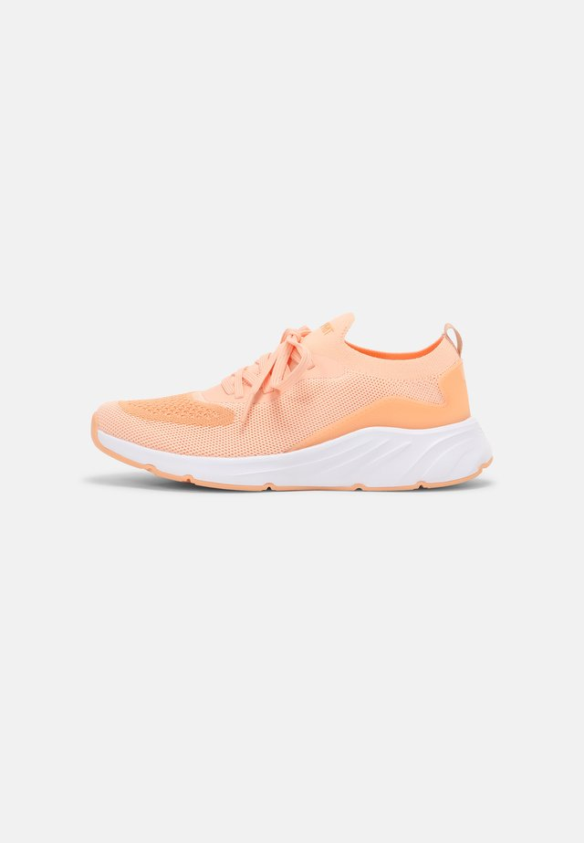 LIVERPOOL  - Sneakers laag - orange