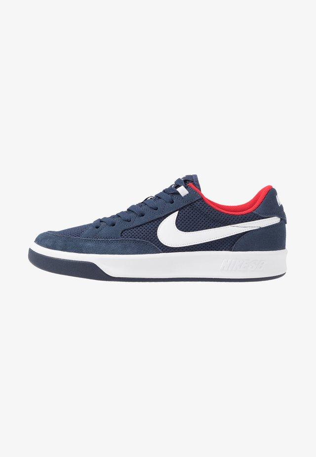ADVERSARY UNISEX - Skate shoes - midnight navy/white/universal red