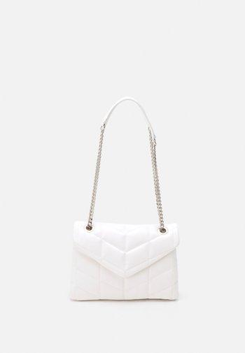 CROSSBODY BAG DAN - Across body bag - white