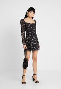 Missguided - FLORAL SQUARE NECK MINI DRESS - Cocktail dress / Party dress - black - 1