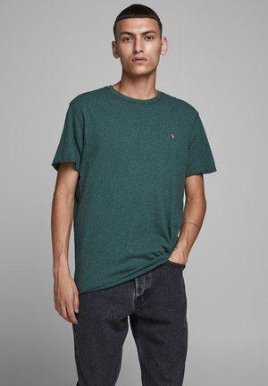 REGULAR FIT - T-shirt basic - darkest spruce