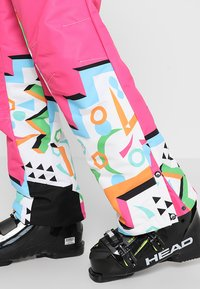 OOSC - NUTS CRACKER - Snow pants - multi-coloured - 10
