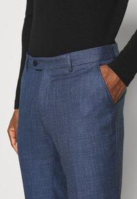 Bertoni - BLOCH TROUSER - Trousers - blue - 5