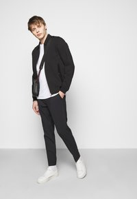 J.LINDEBERG - JACOB - Summer jacket - black - 1