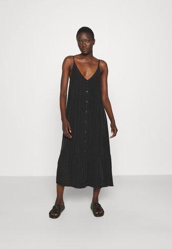 SVINTEN DRESS - Robe d'été - black