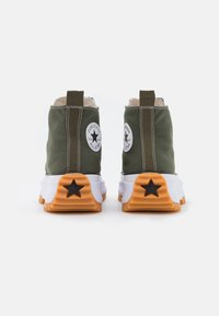 Converse - RUN STAR HIKE RECYCLED UNISEX - Sneakers hoog - cargo khaki/white/black - 2