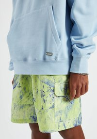 PULL&BEAR - Sweat à capuche - neon blue - 7