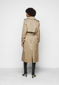 DRYKORN - COMBER - Trenchcoat - beige - 2